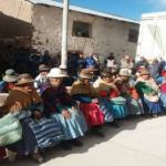 Puno: Midis supervisa la entrega de kits de abrigo para combatir heladas