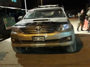 Decomisan cocaína escondida en una camioneta en el Vraem