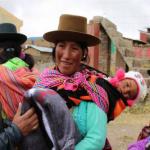 Huancavelica: Entregan abrigo a afectados por heladas