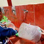 Huanta: Alumnos reciclan agua para generar alimentos