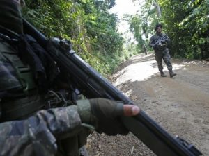 Terroristas abaten a suboficial en el Vraem
