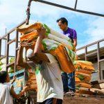 Entregan insumos agrícolas a tres organizaciones de productores en San Martín