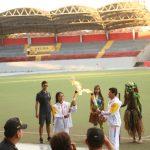 Adolescentes de Iquitos dieron la bienvenida a la antorcha panamericana
