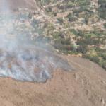 Cusco: Luchan para extinguir incendio forestal en Urubamba