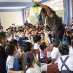 Cuentacuentos fomentan cuidado del medio ambiente a menores del Alto Huallaga