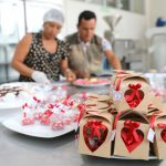 Vraem: Elaboran y ofertan bombones por San Valentín