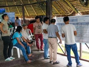 Ucayali: Capacitan a pobladores en uso de libro sobre control del origen de la madera