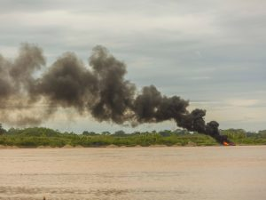 Intervienen equipos de minería ilegal en el río Madre de Dios