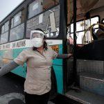 Protector facial reduciría en más del 90% el riesgo de contagio por COVID-19