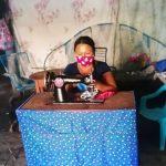 Madres emprendedoras fabrican mascarillas artesanales en San Martín