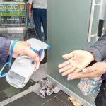 Recomiendan usar alcohol en gel solo en lugares donde no haya agua y jabón