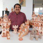 Maestro ceramista Leonidas Orellana ofrece creaciones con técnicas ancestrales Quinua