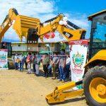 Vraem: Entregan maquinaria pesada en Llochegua