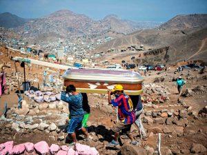 Más de 30 mil fallecidos por Covid-19 en el Perú