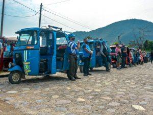 Tingo María: Entregan mascarillas y protectores faciales a transportistas