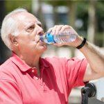Recomiendan buena hidratación para recuperados por COVID-19
