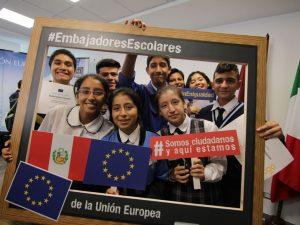 Buscan formar jóvenes líderes al interior del país