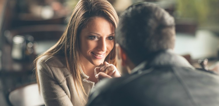 things you need to know before dating an extrovert