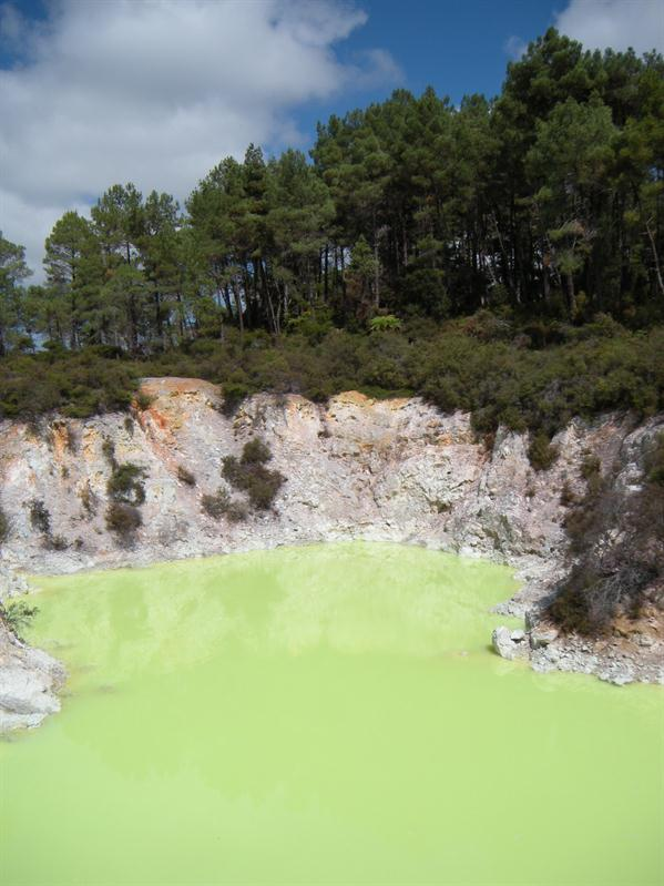 Green Lake at Waiotapu Termal Reserve