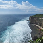 The mighty cliff of Uluwatu.