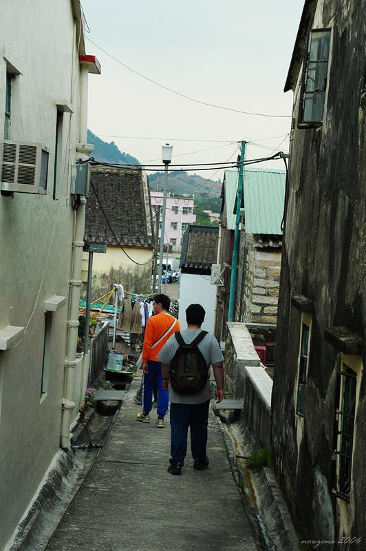 Ho pui Village 河背村往停車場的小巴站