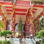 "South Thailand 最有名的泰庙里面的 ""观世音"