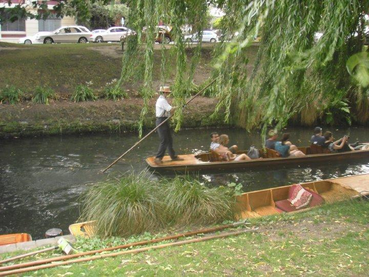Fancy a spot of punting sweetie?