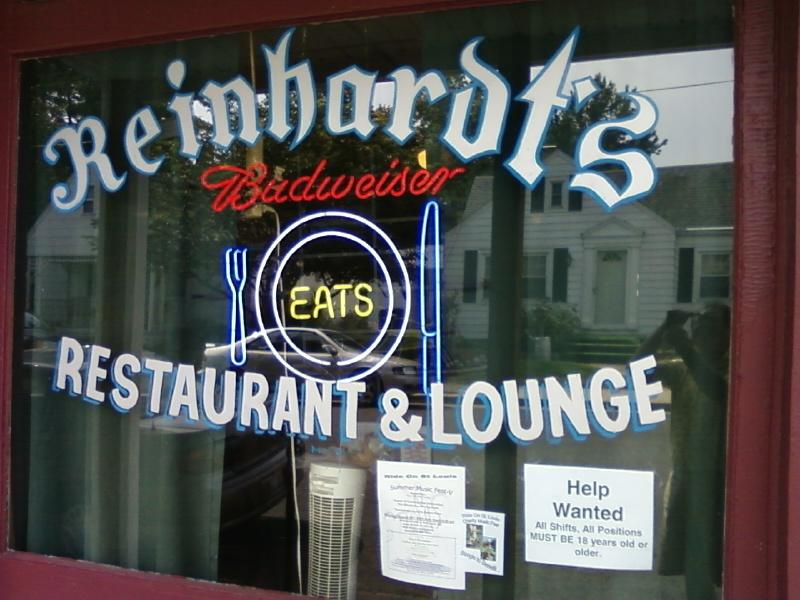 Reinhardt's Restaurant has breakfast