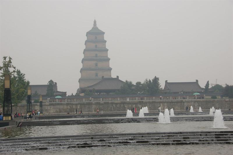 """Big Wild Goose Pagoda Square"" in Xian (西 安). ----大雁 塔 廣 場. The weather was hot and smoggy."