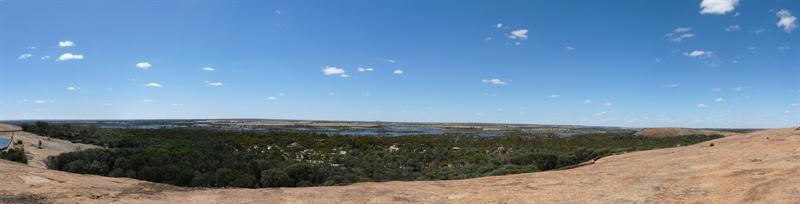 Panorama1_WaveRock.jpg