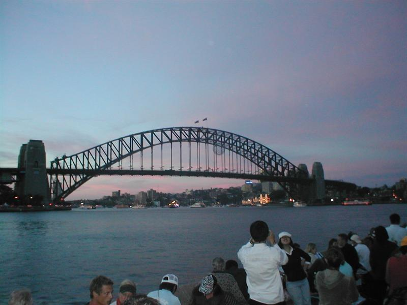 Wainting for fires at Harbour Bridge
