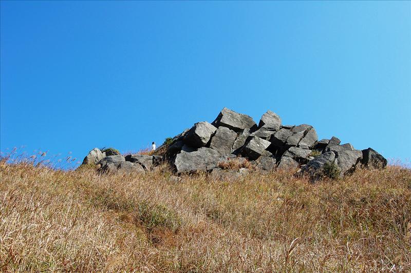 蓮花山山頂怪石嶙峋