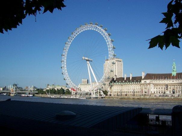 I didn't really want to ride this as I am afraid of ferris wheels but I am glad that I rode this.  It is all enclosed and has benches and is heated/air conditioned.  And you get to see the most wonderful view of all of London.