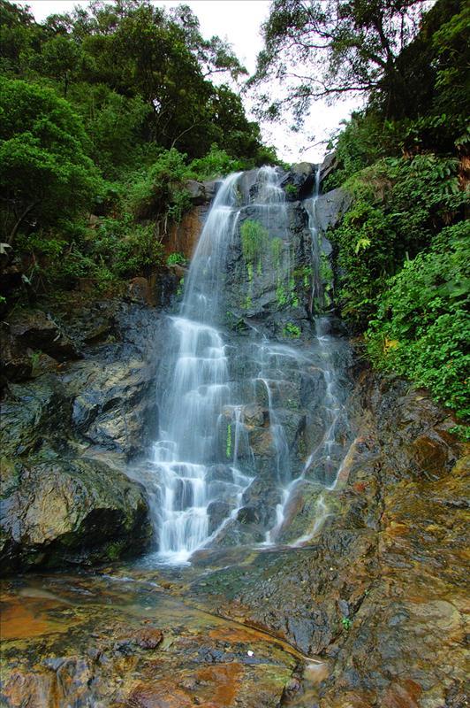 夏力道小型瀑布