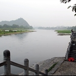 Scenes of riverbank of LI River (漓 江 ) in front of our hotel.