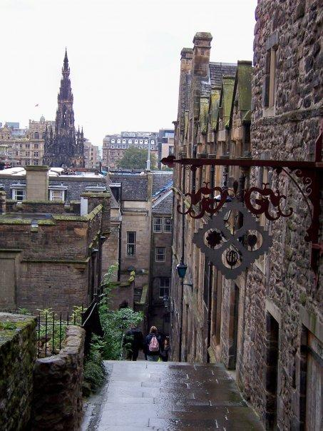 EDINBURGH OLD TOWN, SEPT 2008