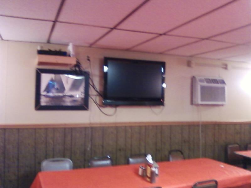4 flat screen tv,s  for sports