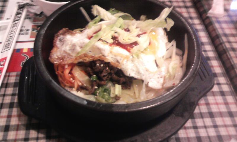 我吃的~石鍋拌飯^^~*