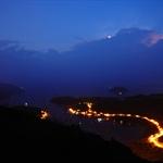 月亮和閃電在同一時間出現