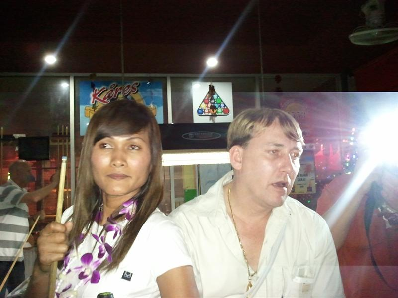 Ronny with his wife nam