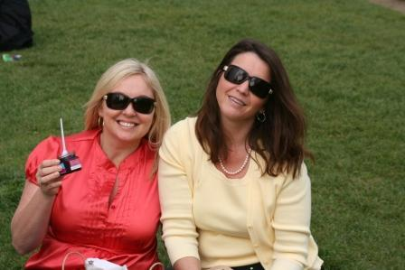 Jen & Tricia in the park