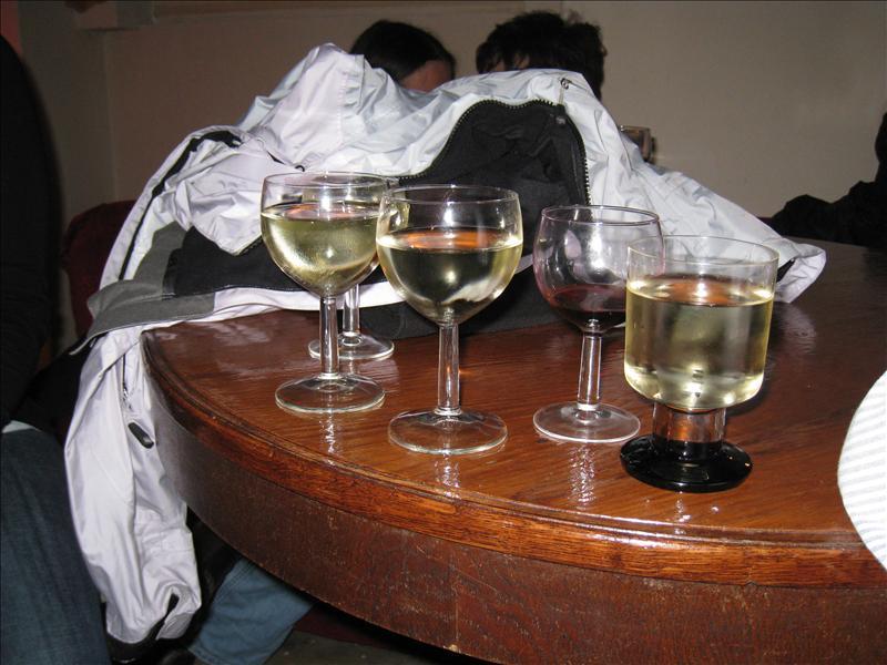 1 euro wine bar