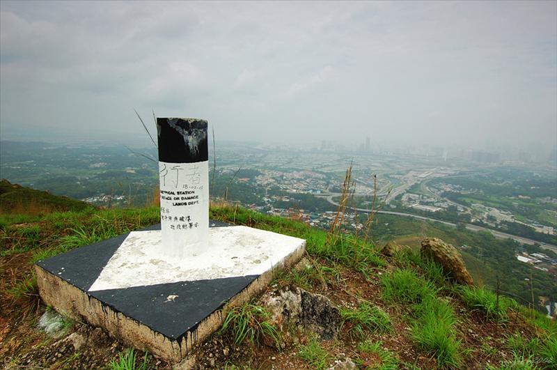 麒麟山Ki Lun Shan (222M)