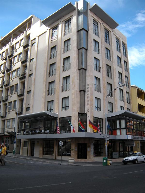 Urban Chique Hotel