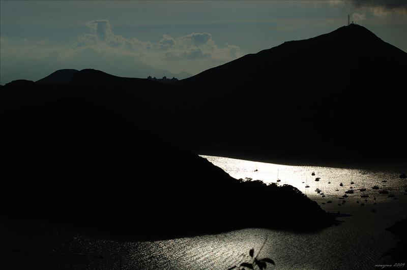 南朗山下 Beneath Nam Long Shan