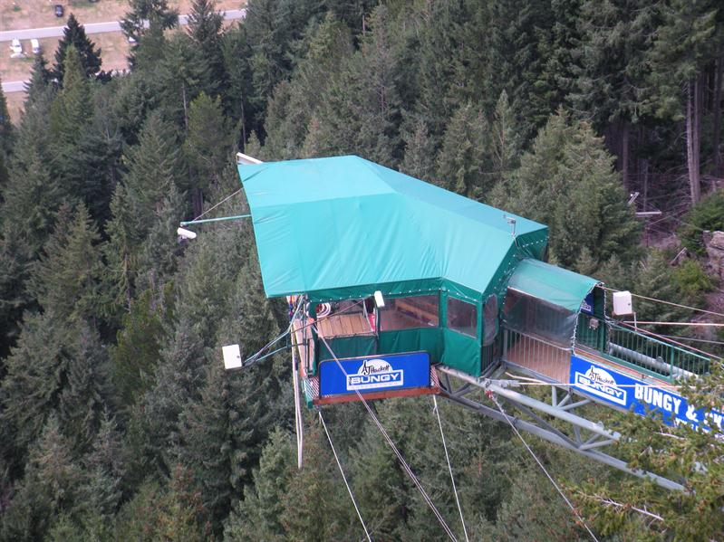 The bungy jumping stage at the gondola top