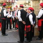 .. Catalan singing ....