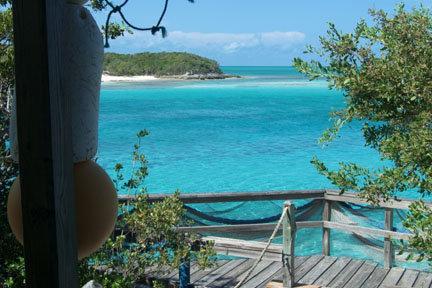 Exuma Cays  À 50 minutes en jet boat de Paradise Island Désertique pour vrai en tout temps dans ce cas-ci...