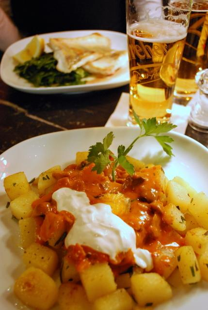 A Hungarian veal stew with delicious fried potatoes