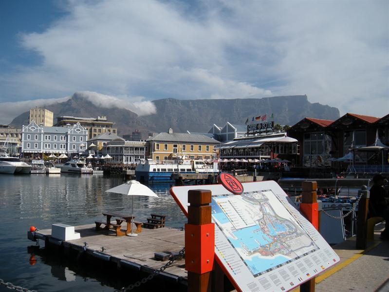 Table Mountain from V & A Waterfront